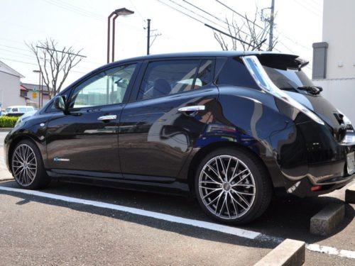 OZ_Racing_Italia_150_5H_Matt_Graphite_Diamond_Cut_Nissan_Leaf_004_x