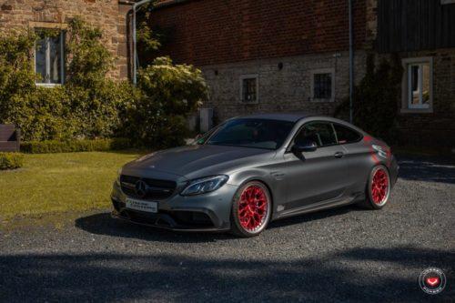 Mercedes-C63-AMG-Series-17-S17-01-3P-©-Vossen-Wheels-2019-1002-1047×698